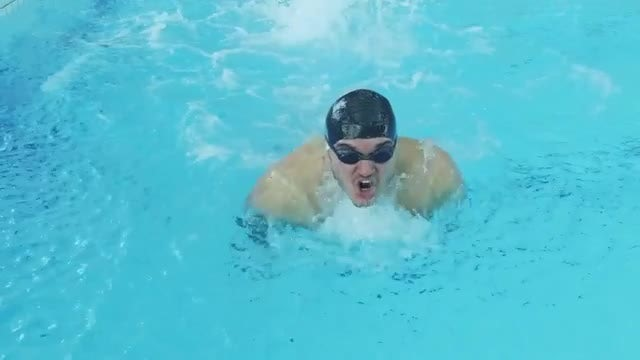 Man Training In Swimming Pool: Stock Video