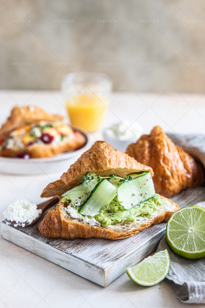 Croissant With Mashed Avocado: Stock Photos