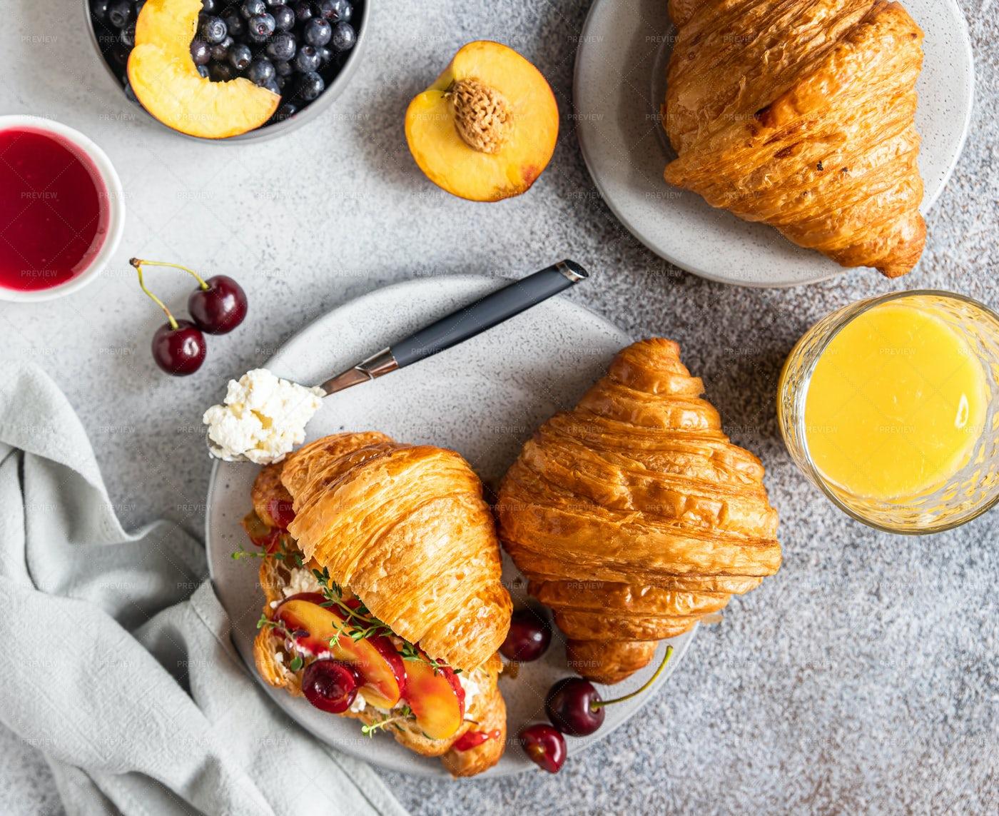 Croissant Sandwiches With Nectarine: Stock Photos