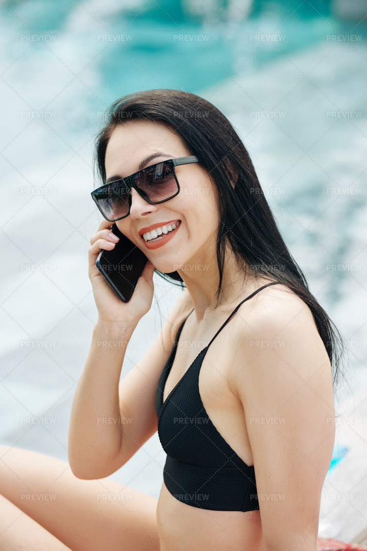 Smiling Woman Calling On Phone: Stock Photos