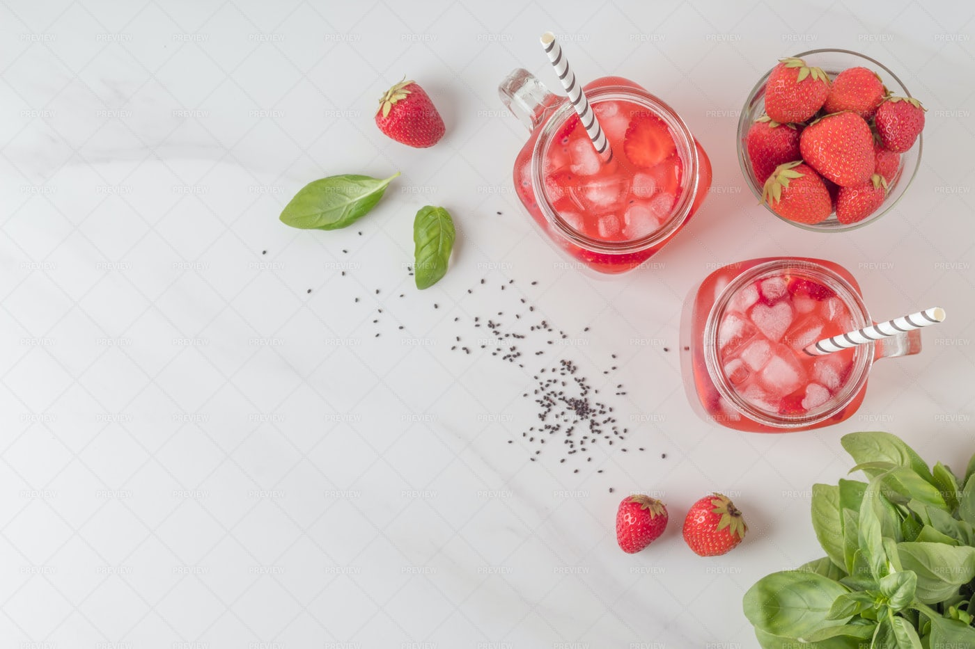Yummy Strawberry Drinks: Stock Photos