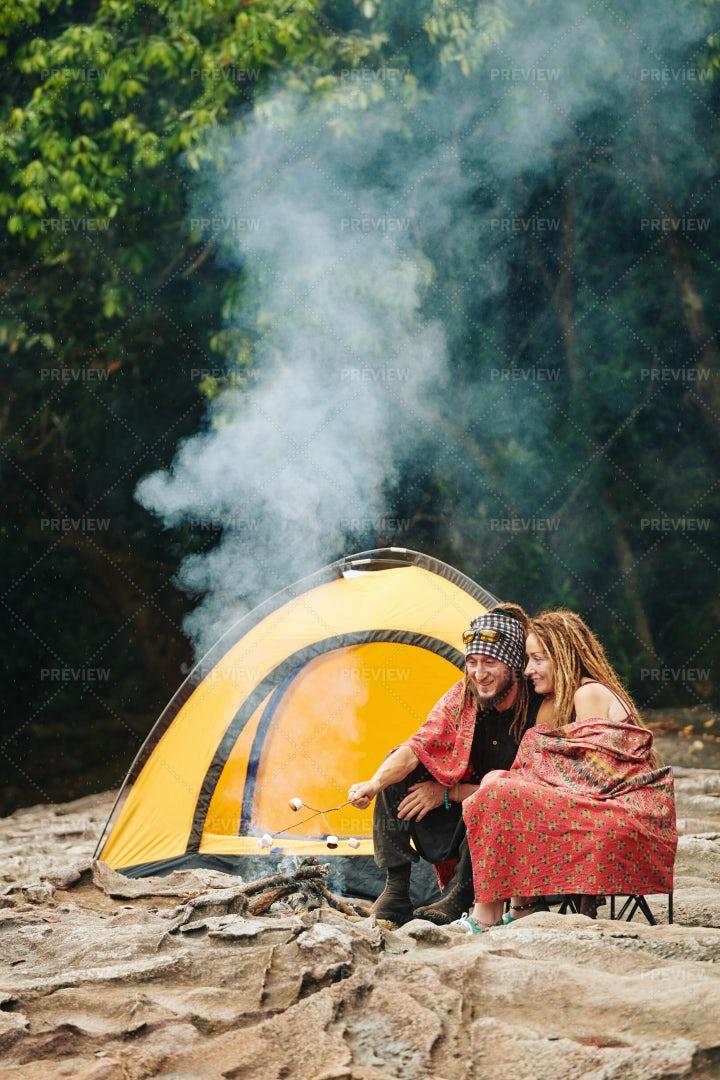 Couple Camping: Stock Photos