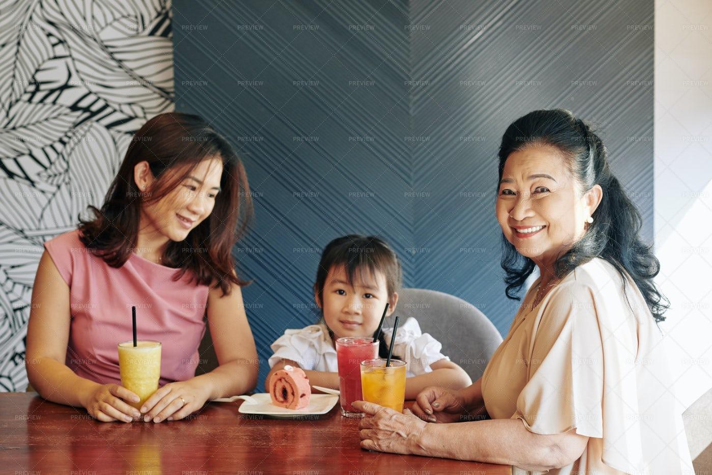 Family Time: Stock Photos