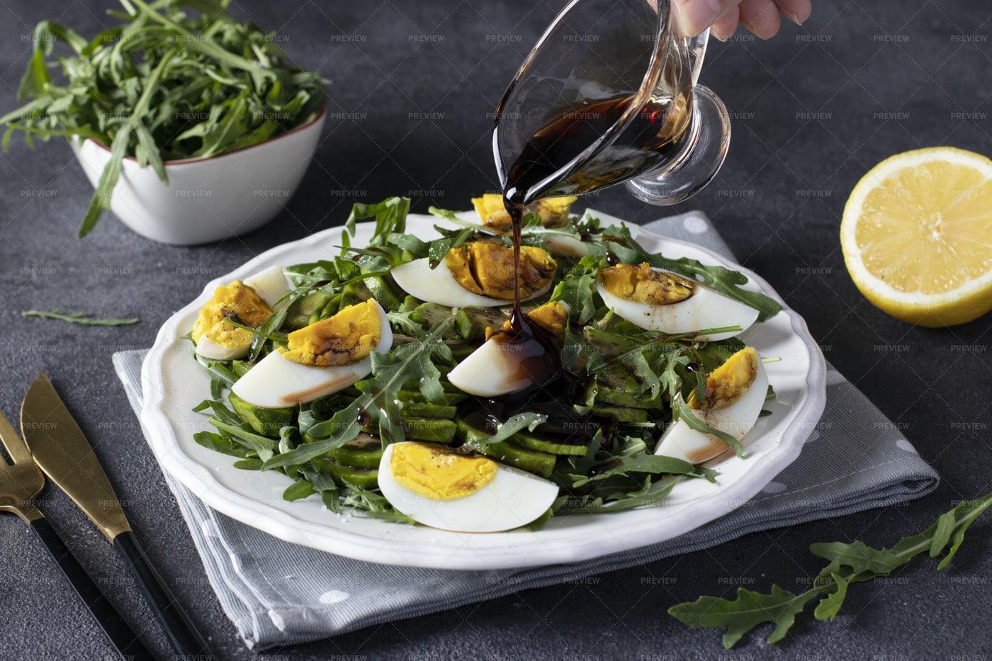 Salad With Avocado: Stock Photos