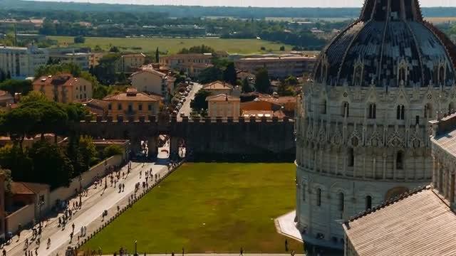 Piazza Dei Miracoli, Pisa, Italy: Stock Video
