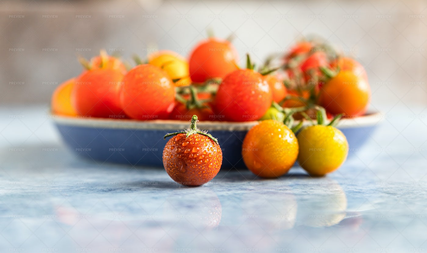 Cherry Tomatoes With Water Drops: Stock Photos