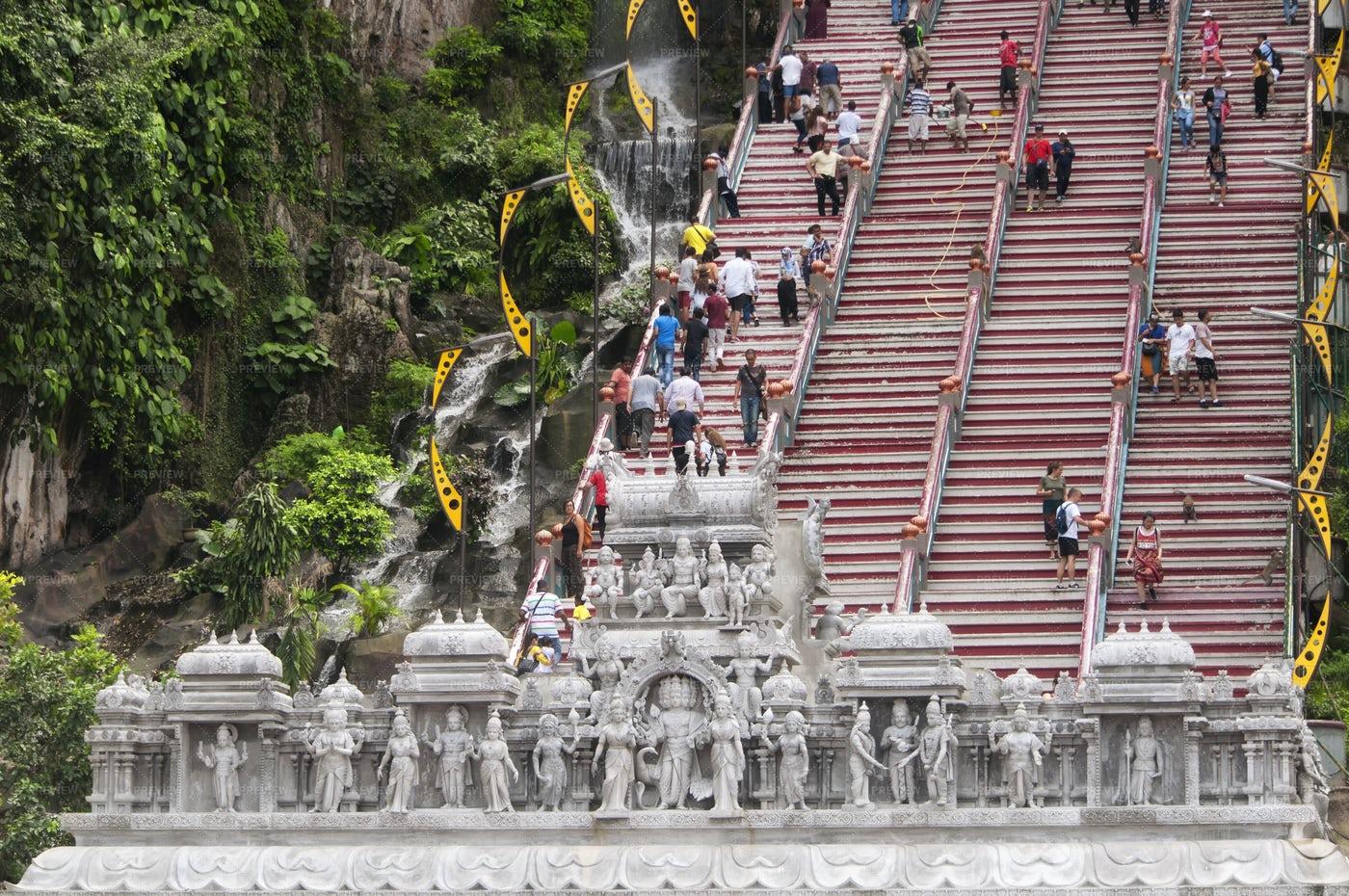 People Climbing Batu Caves Stairs: Stock Photos