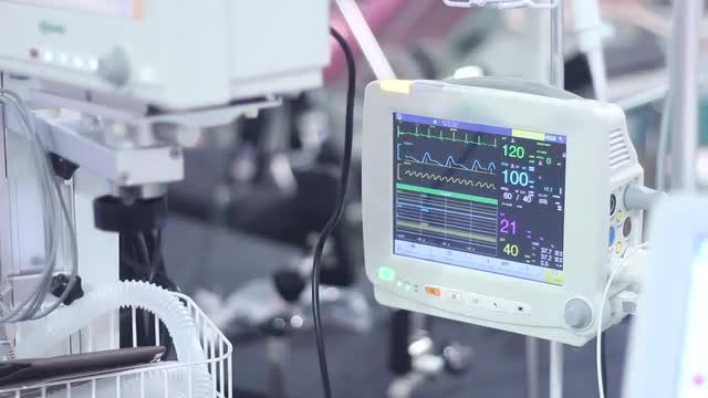 Modern Medical Monitor: Stock Video