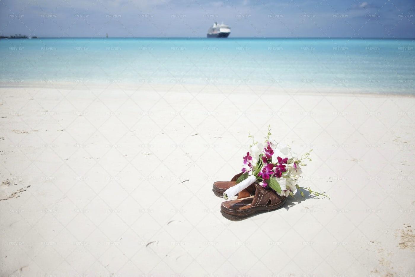 Bridal Bouquet On Flip Flops: Stock Photos