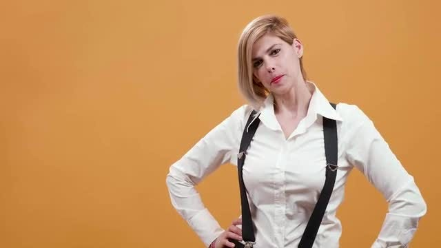 Blonde Waitress: Stock Video