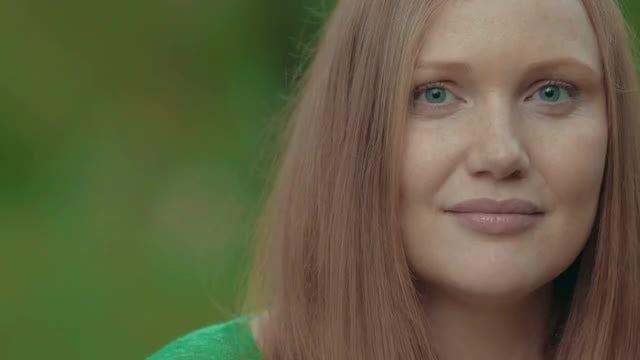 Woman Smiling Portrait: Stock Video