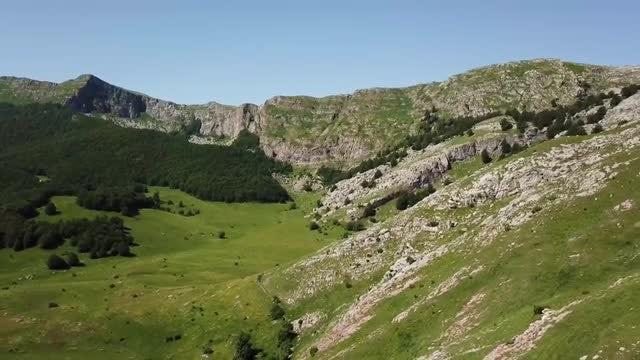 White Mountain Aerial Shot: Stock Video