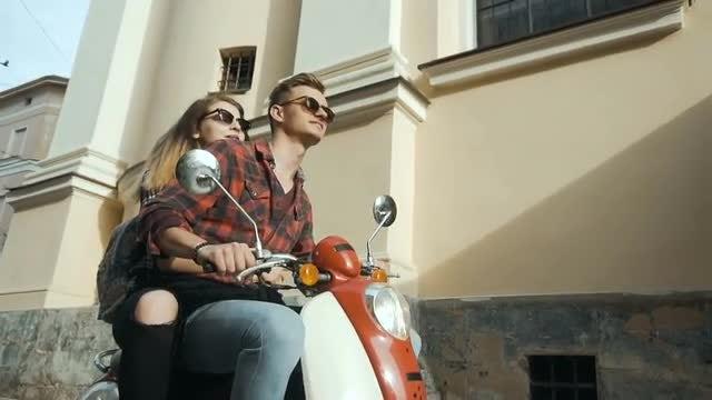 Street Riding Motorbike: Stock Video