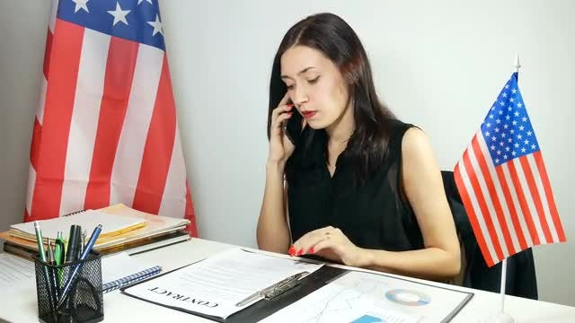 Business Lady Talking On Phone: Stock Video
