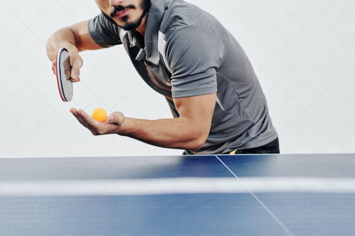 Ping Pong Player Serving Ball: Stock Photos