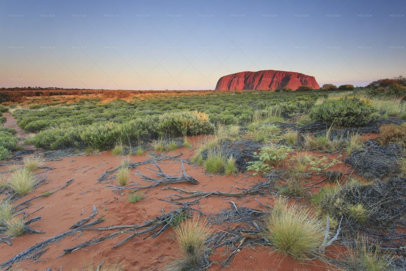 Uluru- Ayers Rock: Stock Photos