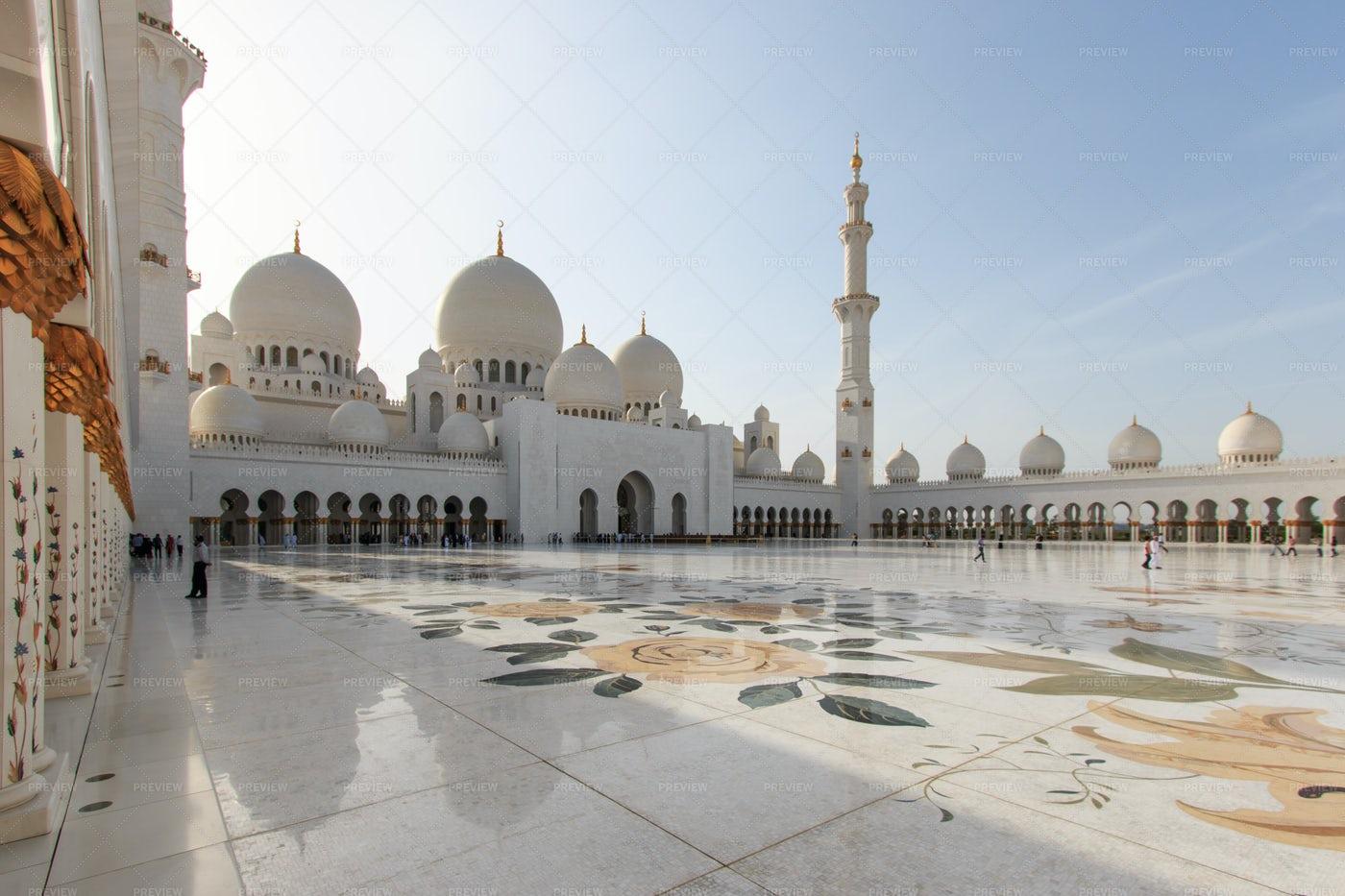 Sheikh Zayed: Stock Photos