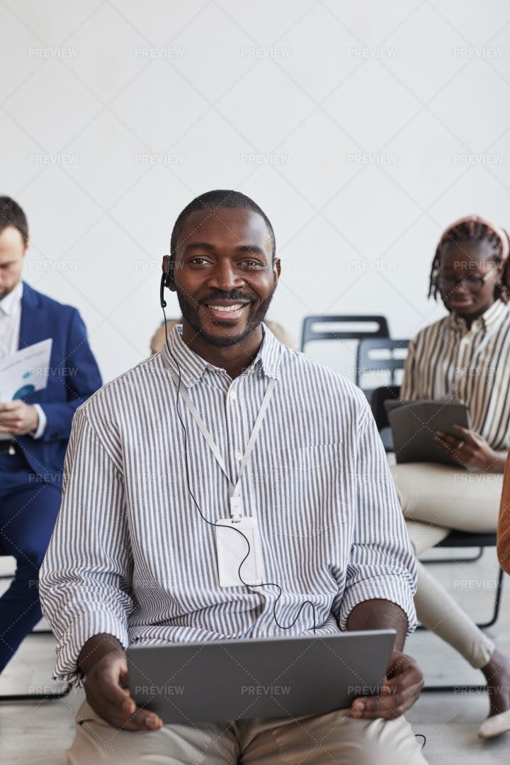 Businessman In Headsets: Stock Photos