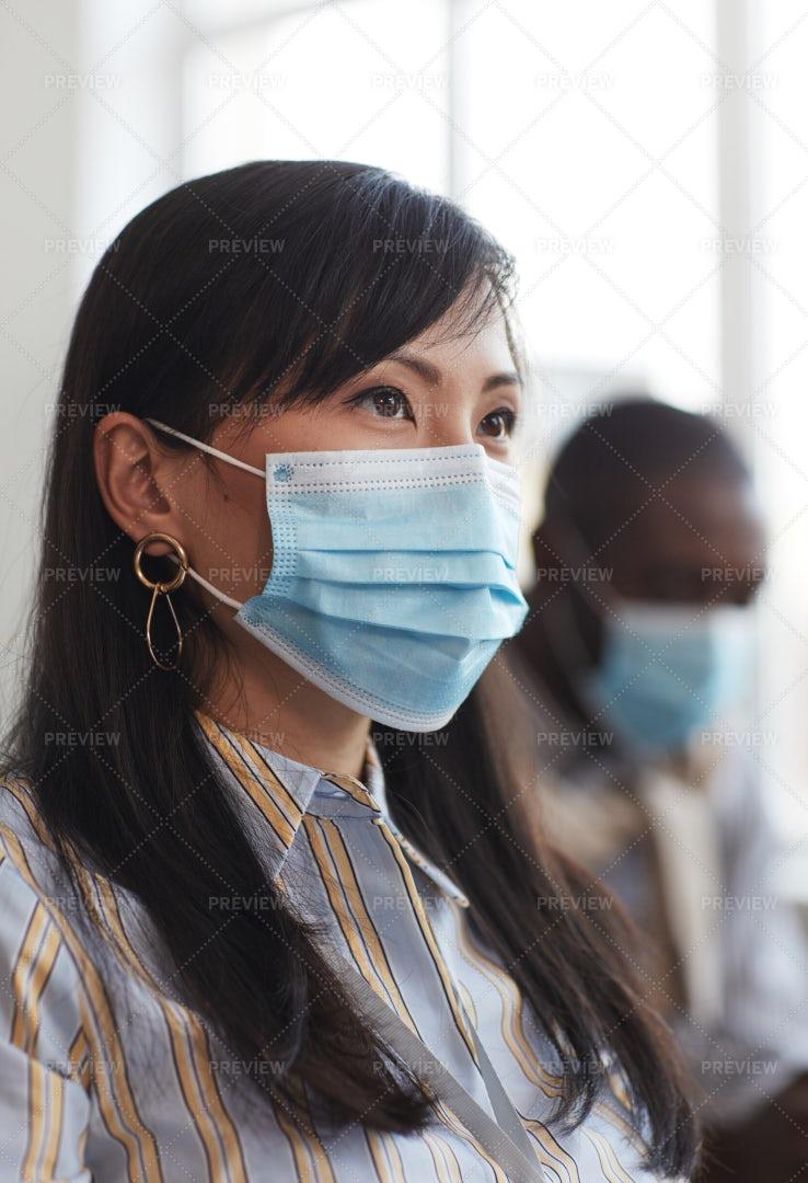 Businesswoman Wearing Mask: Stock Photos