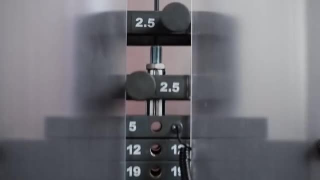 Weight Movement On Fitness Machine: Stock Video