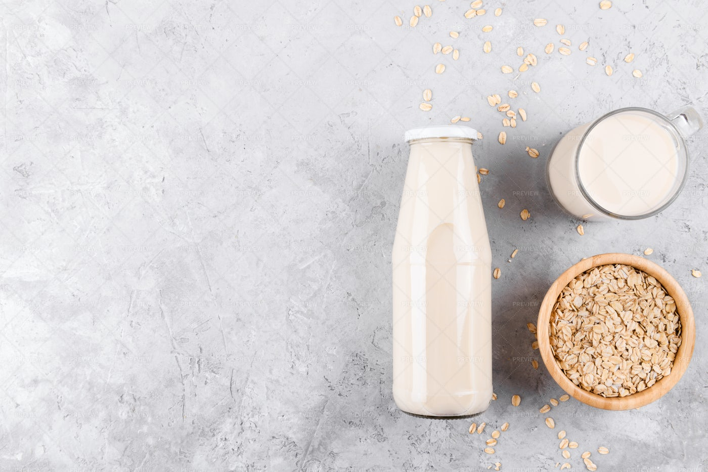 Vegan Oat Milk: Stock Photos