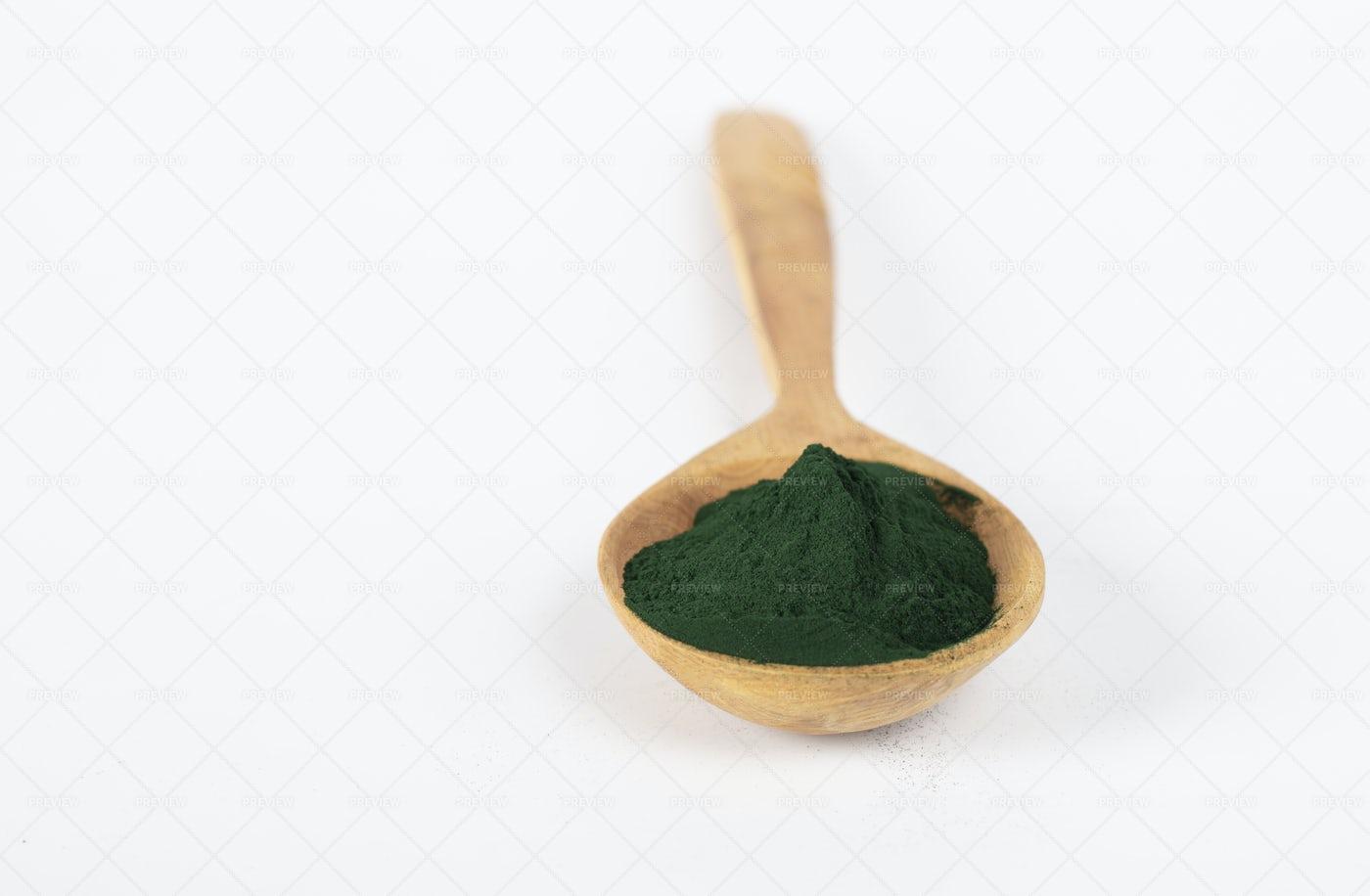 Spirulina Algae Powder: Stock Photos