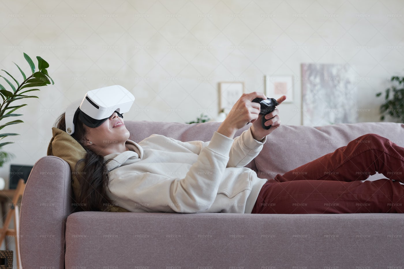 Woman In VR Headsets: Stock Photos