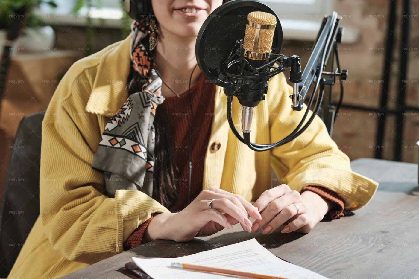 Female Radio Dj At Work: Stock Photos