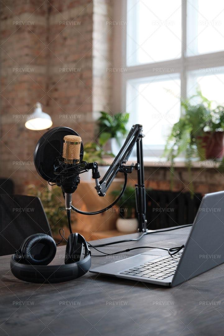 Modern Recording Studio: Stock Photos