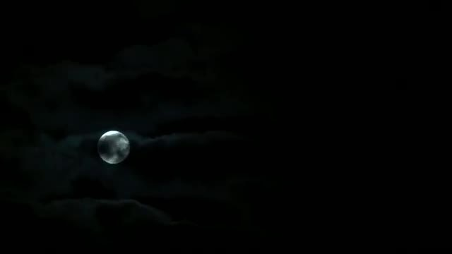 Full Moon Moving Over Clouds: Stock Video