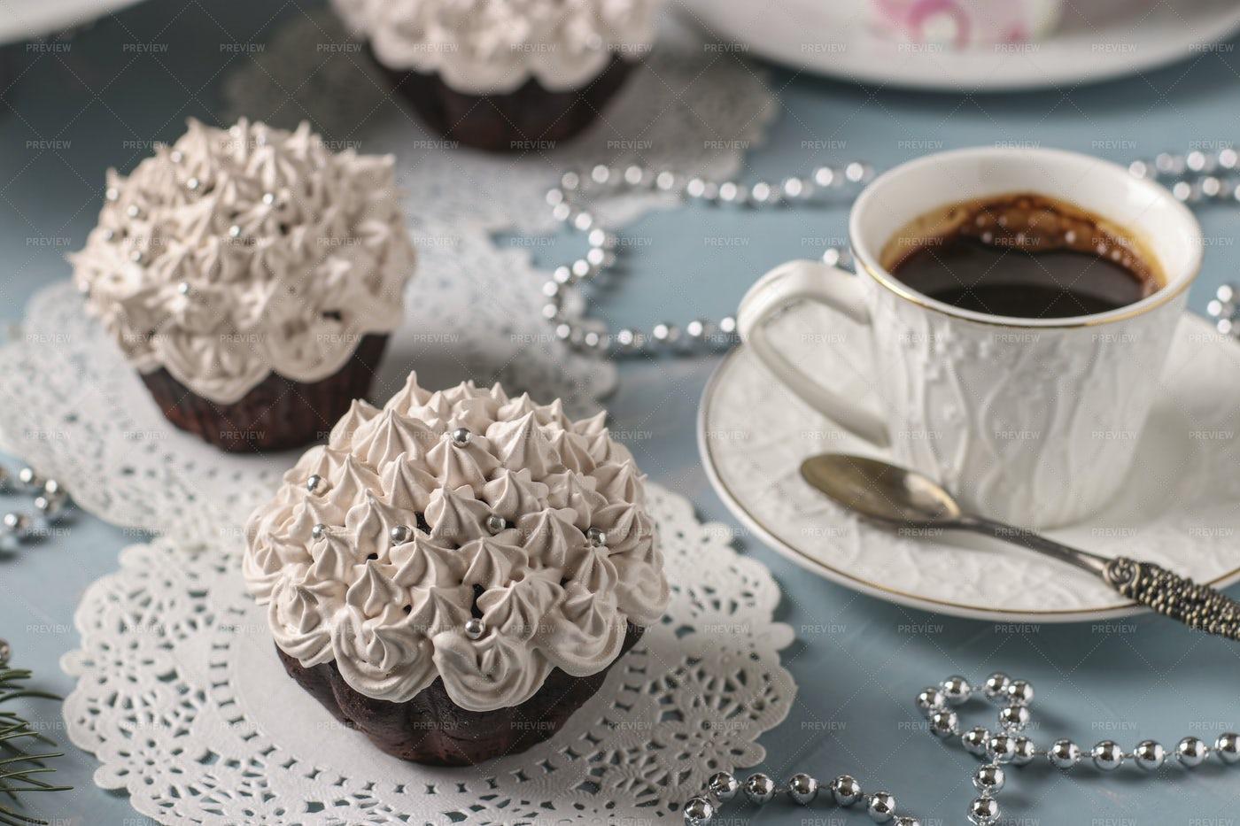 Chocolate Cupcakes With Cream: Stock Photos