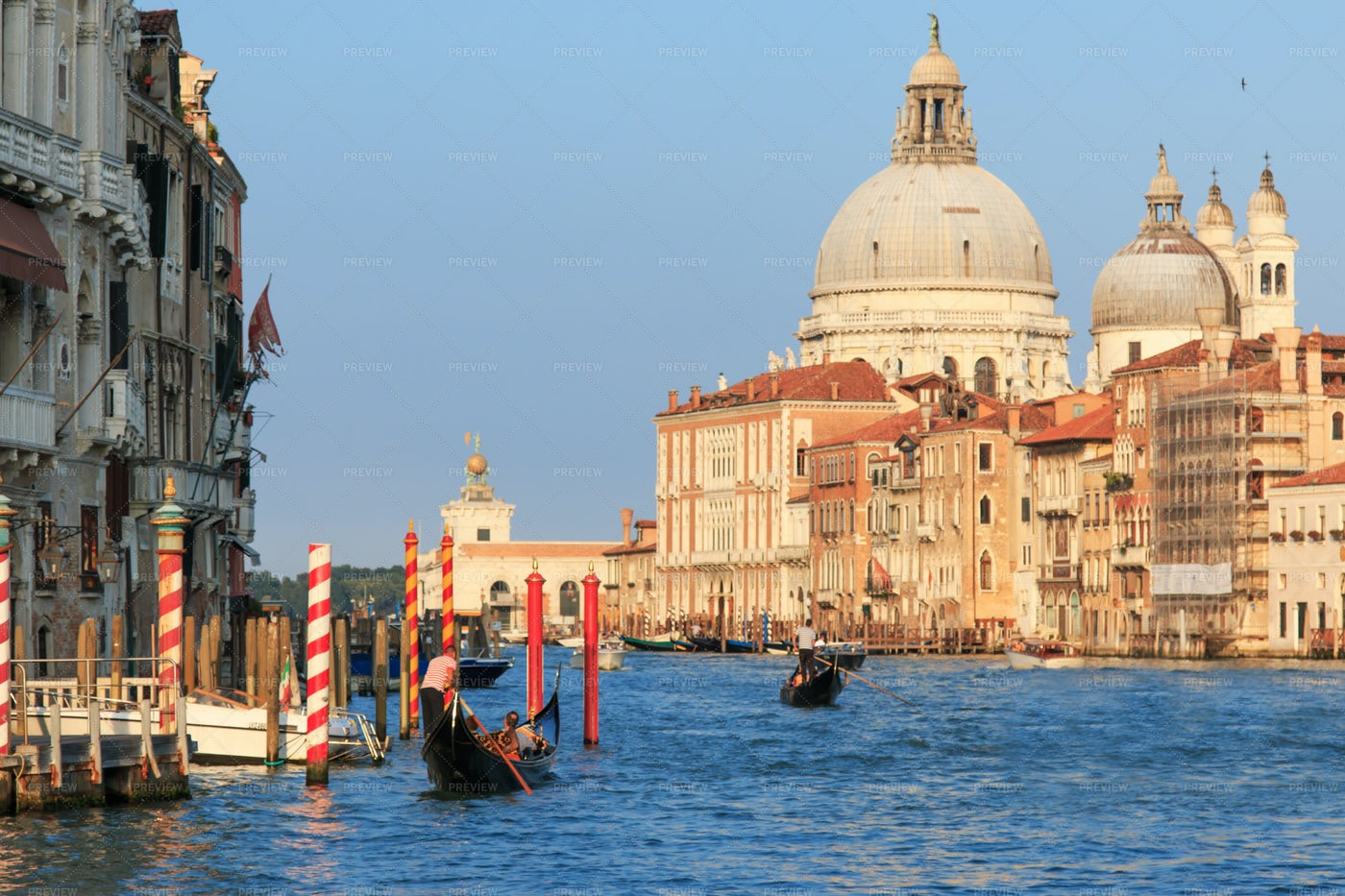 Gondolas On Canal Grande: Stock Photos