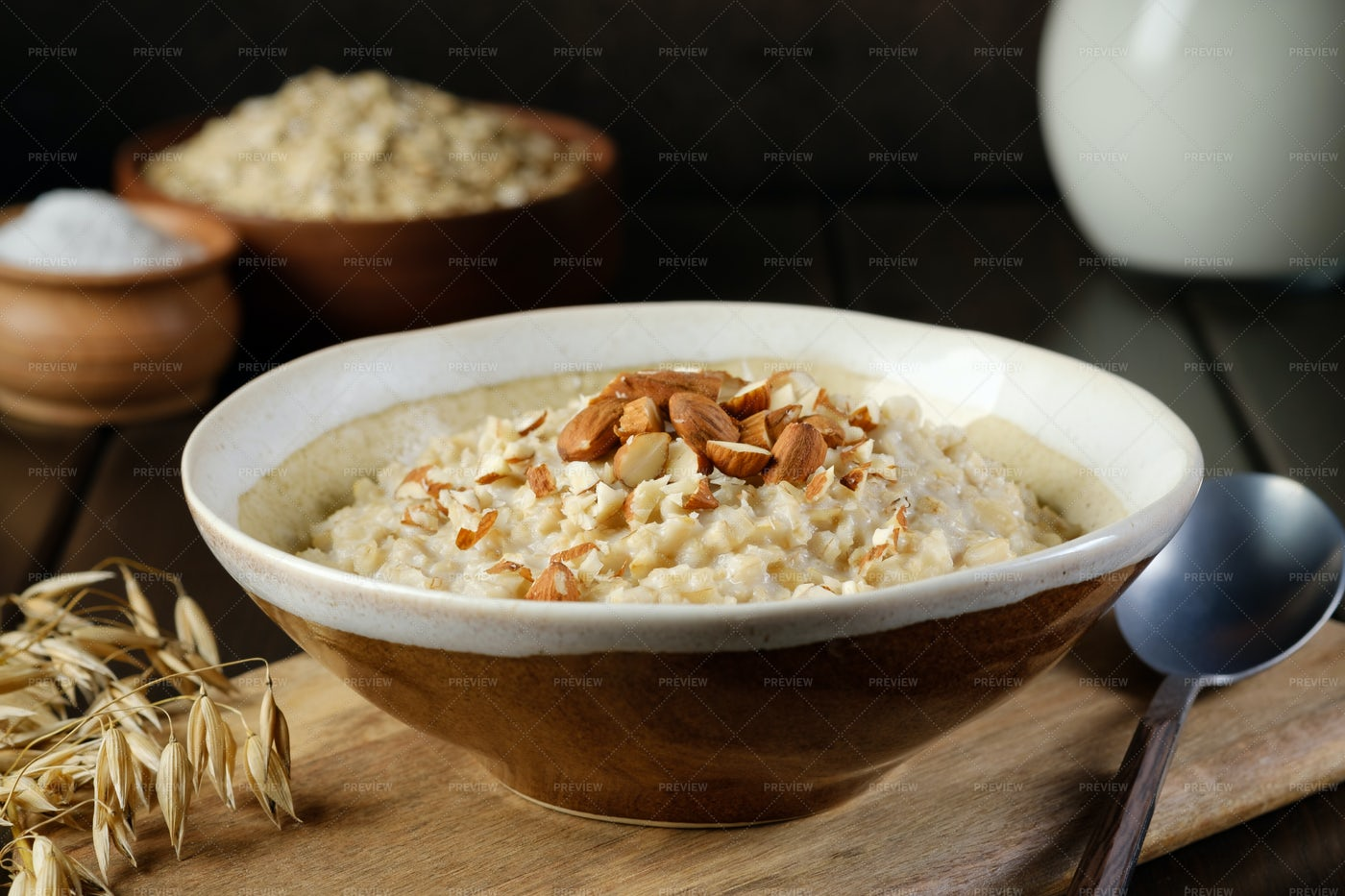 Oatmeal Porridge: Stock Photos