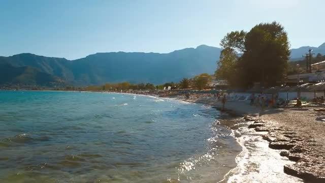 Establishing Shot of Pristine Beach: Stock Video
