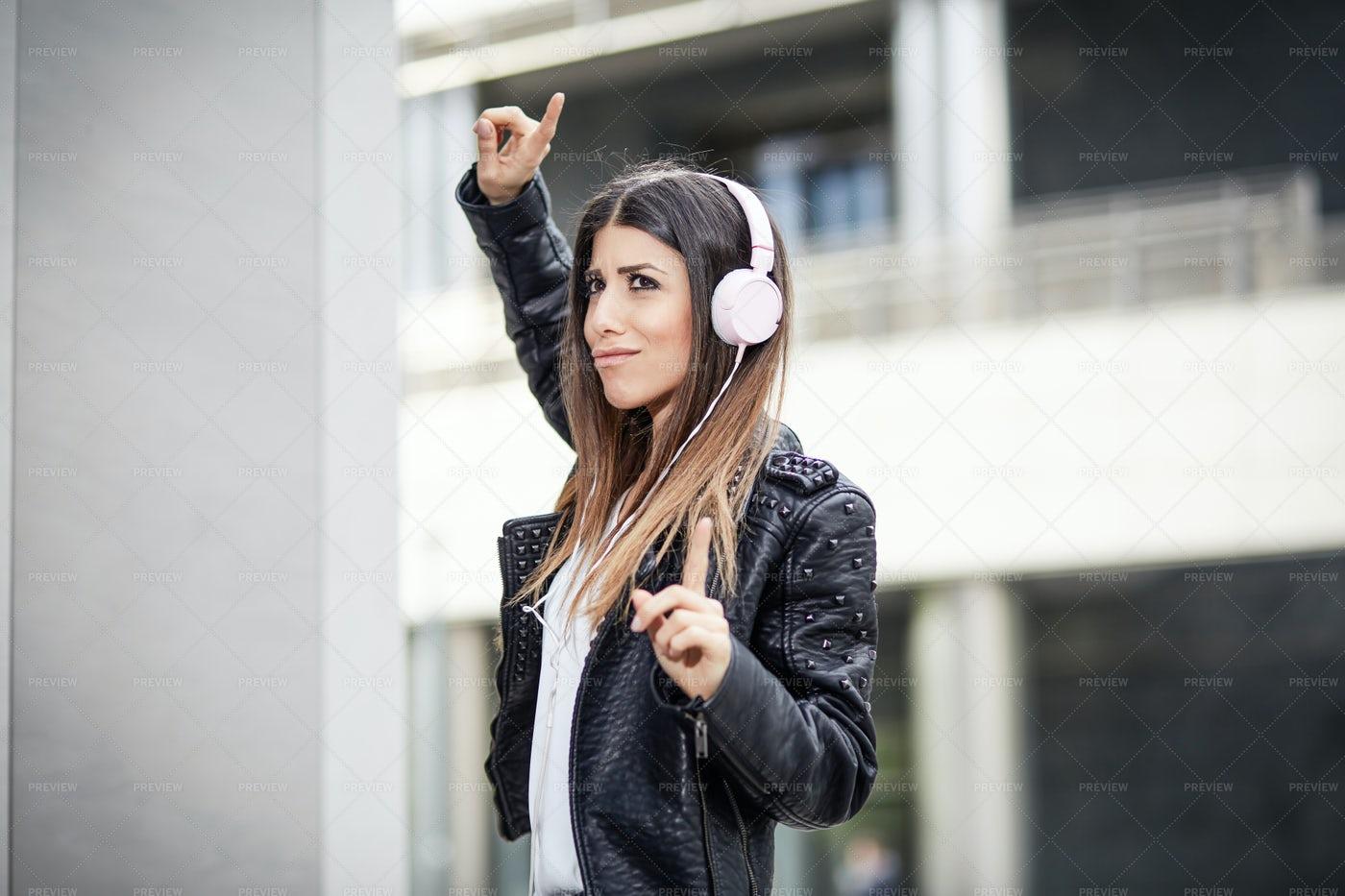 Stylish Woman Listening Music: Stock Photos