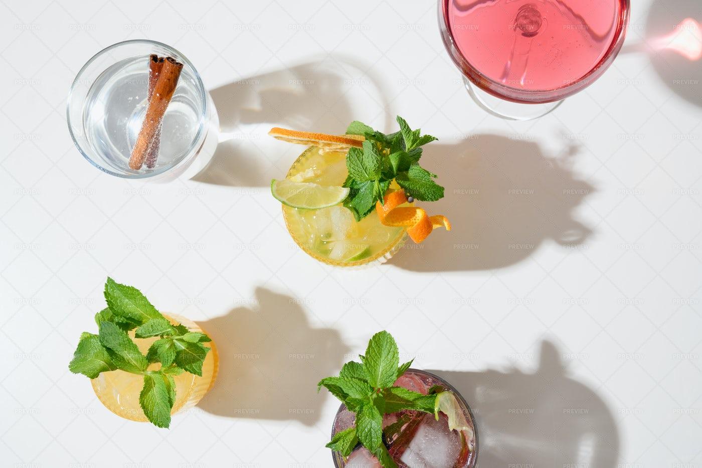 Fresh Summer Cocktails: Stock Photos