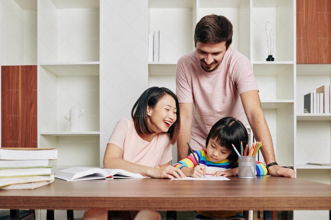 Parents With Daughter: Stock Photos