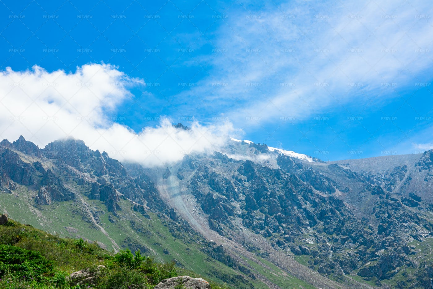 Clouds On The Mountains: Stock Photos