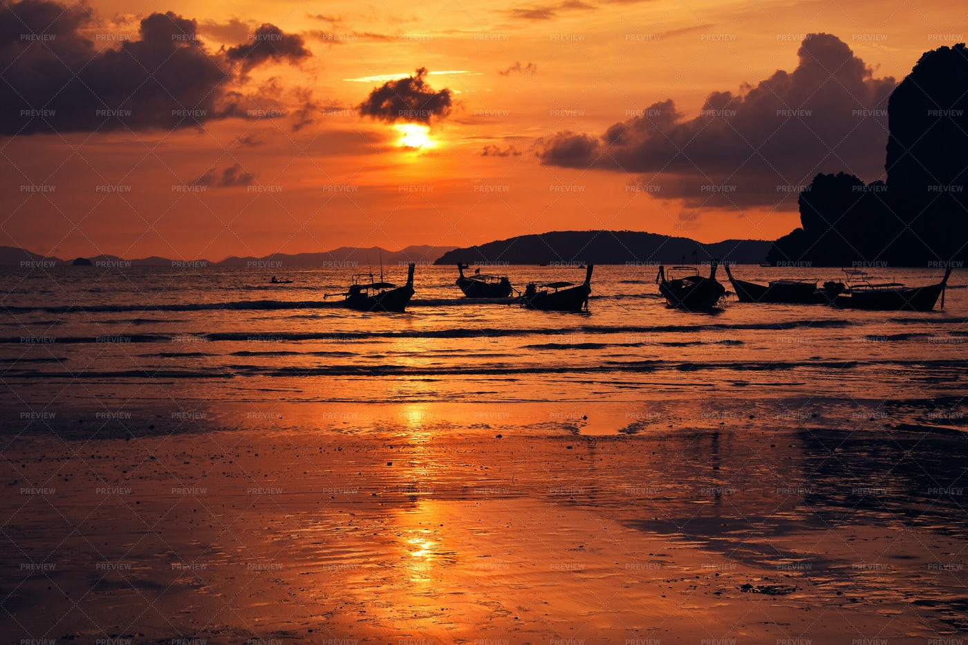 Sunset Over Sea In Thailand: Stock Photos