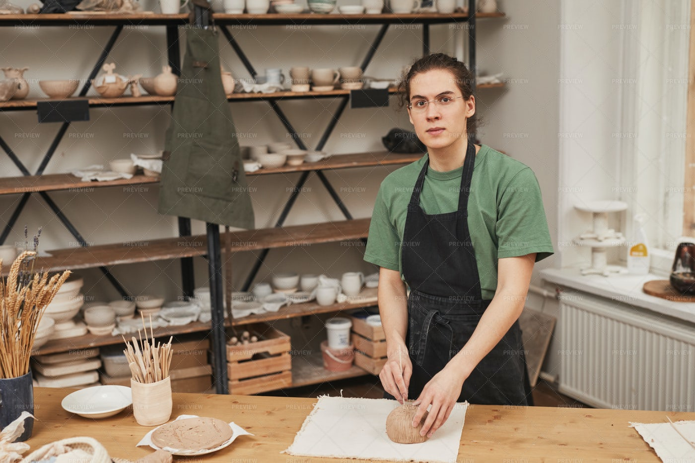 Artist In Pottery Workshop: Stock Photos