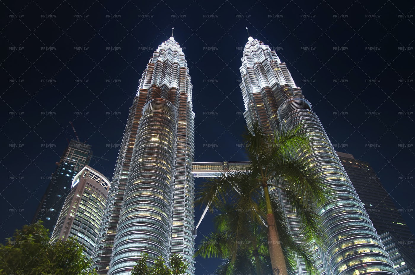 Petronas Towers Kuala Lumpur Night View: Stock Photos