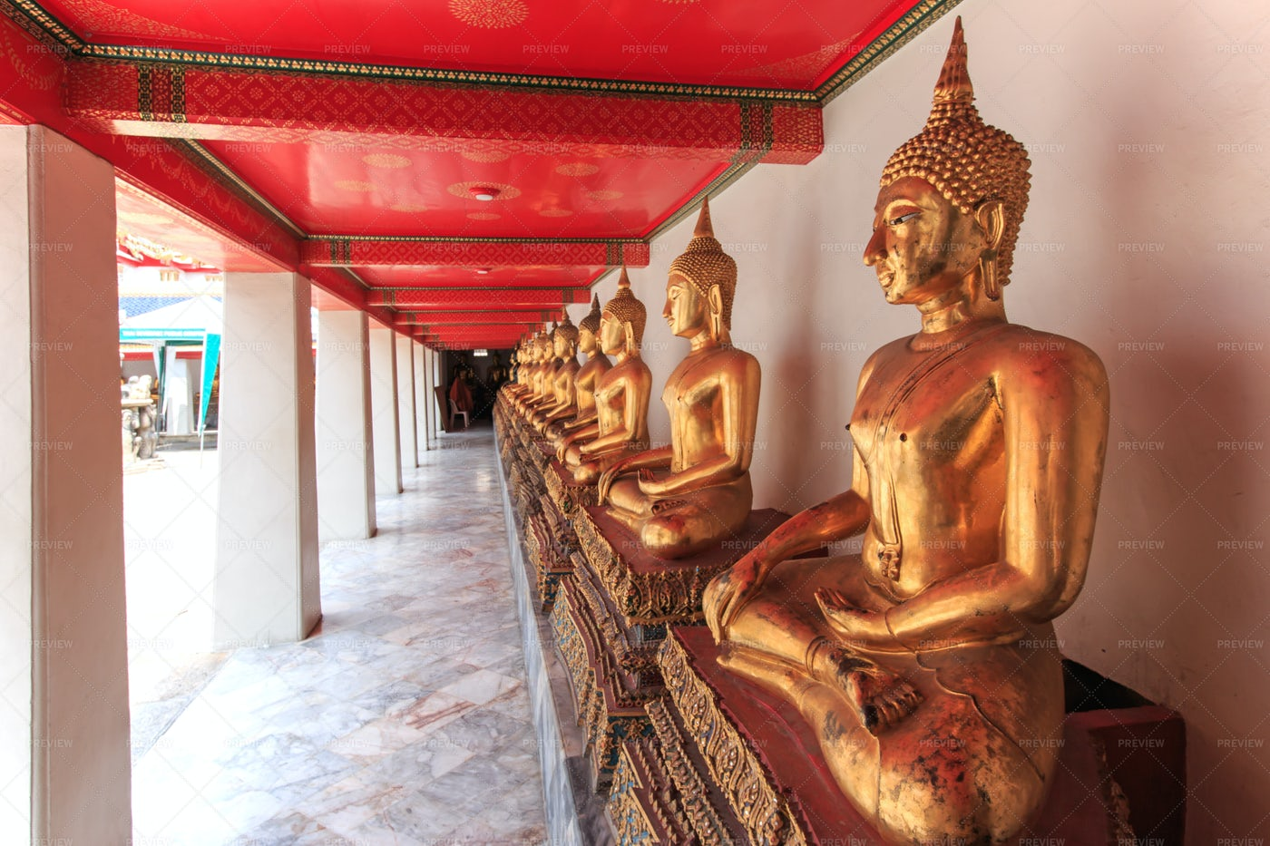 Buddha Statue In Bangkok: Stock Photos