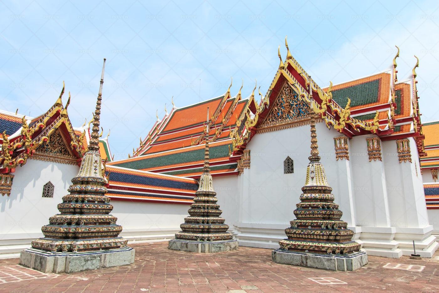 Wat Pho Temple In Bangkok: Stock Photos