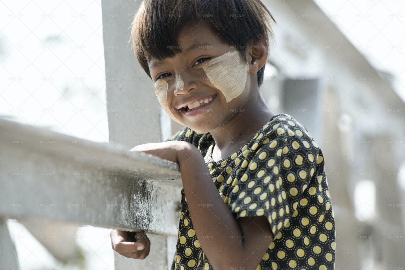 Smiling Birmese Girl: Stock Photos