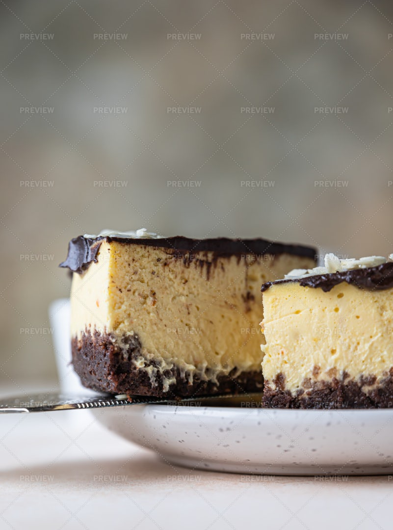 Slice Of Creamy Cheesecake: Stock Photos