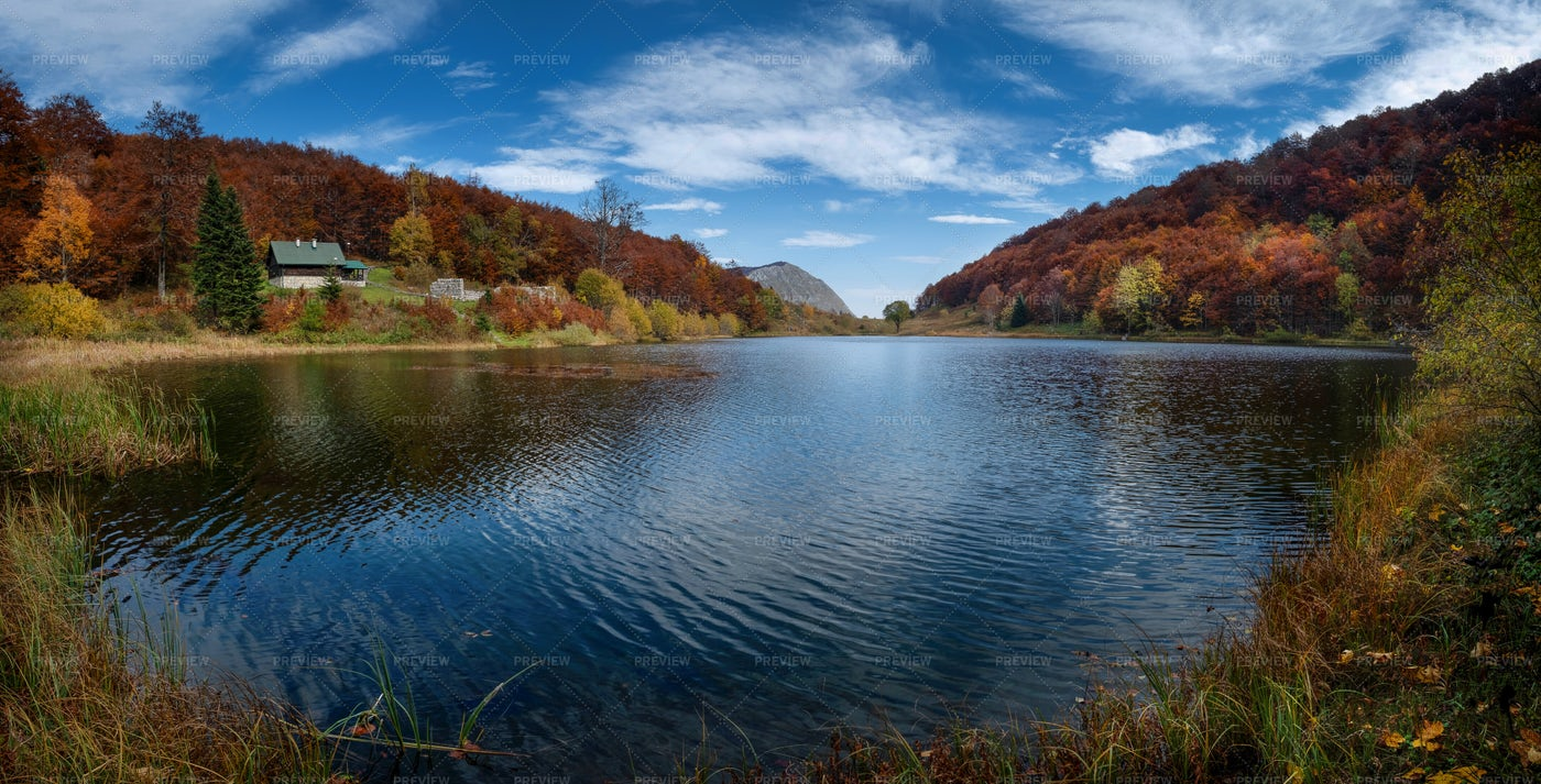 Autumn On A Mountain Lake: Stock Photos