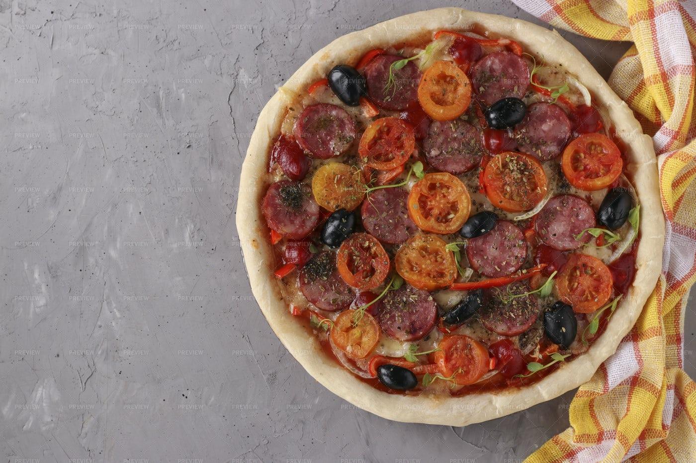 Pizza With Sausage, Tomatoes, Mozzarella: Stock Photos