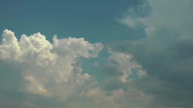 Beautiful Rain Clouds Forming: Stock Video