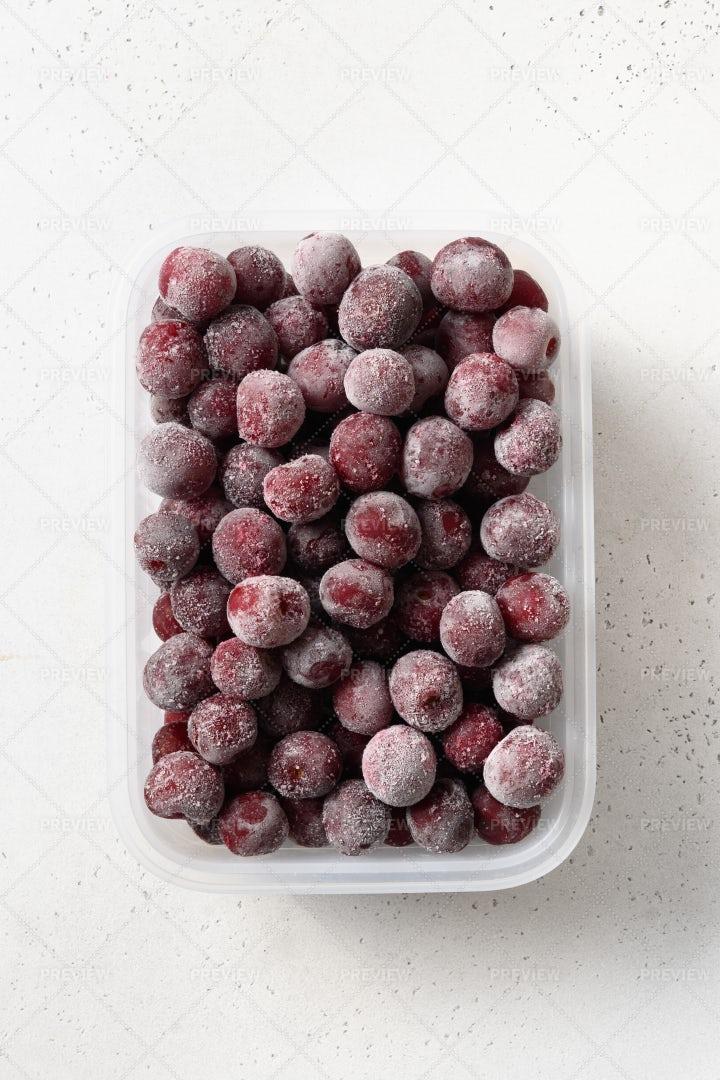 Frozen Sour Cherries: Stock Photos
