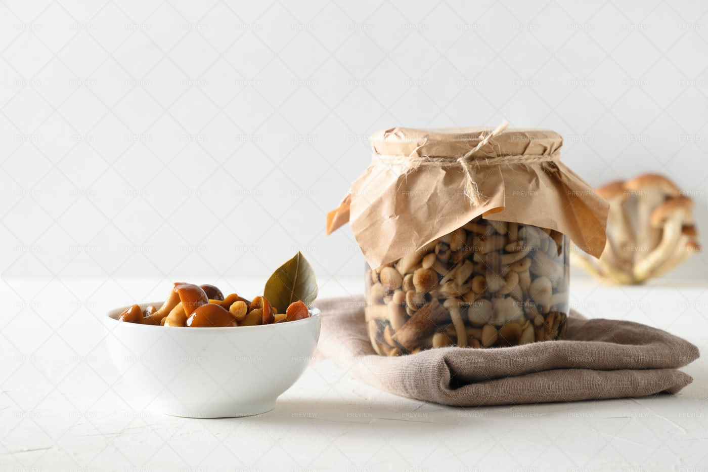 Pickled Honey Mushrooms: Stock Photos